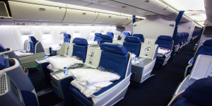 DeltaONE Delta Air Lines LAX - JFK First Class Business Seats Mileage Run