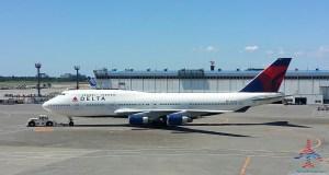 delta 747 in NRT japan renespoints million mile run