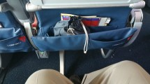 Boeing 737 Delta Comfort Plus - Year of Clean Water