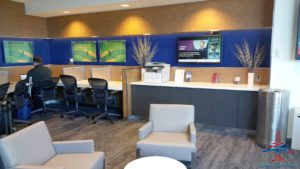 Delta Minneapolis MSP Central concourse Sky Club Review RenesPoints travel blog (7)