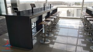 nice things to eat and do and sit in DTW Detroit Delta airport RenesPoints blog (4)