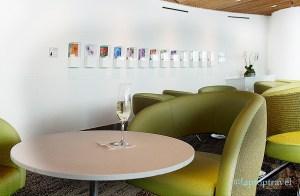 dsc_8859_champagne-art-display-balcony-delta-seattle-skyclub