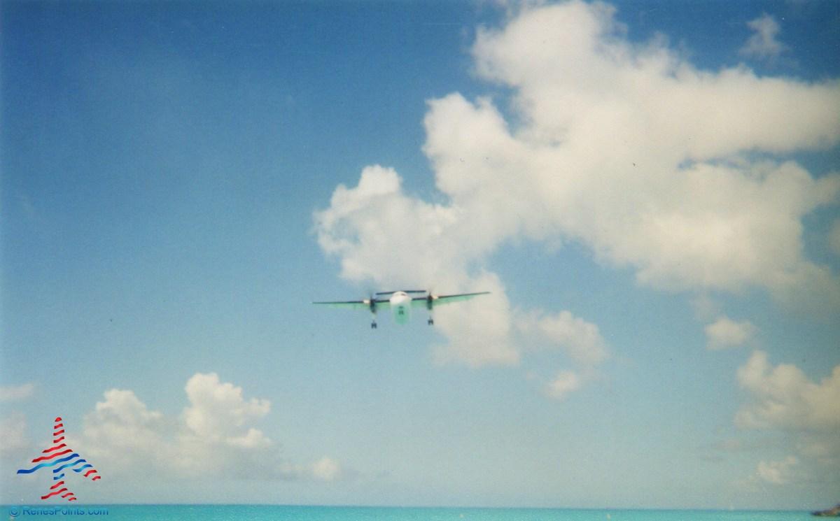 prop-jet-landing-maho-beach-sxm-renespoints-blog
