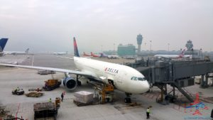 delta-hong-kong-to-seattle-delta-one-business-class-chinese-meal-review-renepoints-blog-1