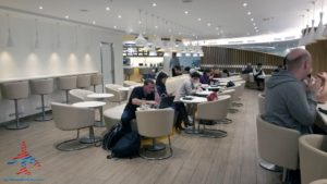 skyteam-delta-lounge-hkg-hong-kong-international-airport-review-renespoints-travel-blog-13
