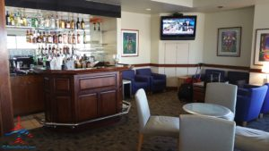 the-club-at-phx-review-phoenix-sky-harbor-international-airport-renespoints-travel-blog-9