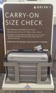 Real Delta carry-on size check tested RenesPoints blog