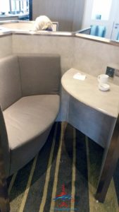 plaza premium priority pass lounge hong kong hkg airport renespoints blog review (6)