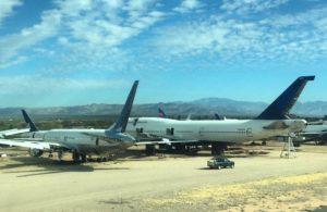 makes a delta flyer sad 747