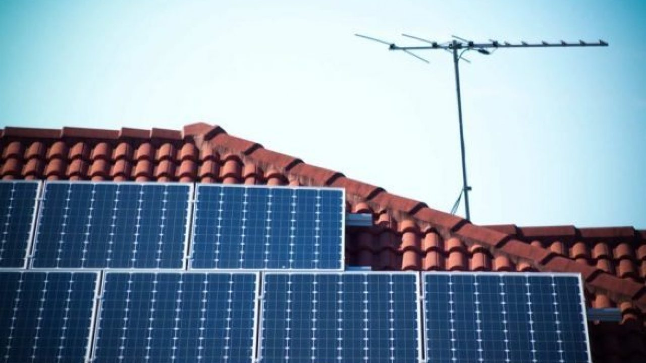hight resolution of victoria turns the tide on value of rooftop solar and feed in tariffs