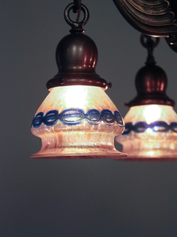Heavy Colonial Ball Light Fixture With Lotez Art Glass 5