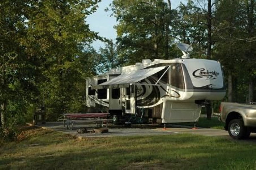 Best RV Full Time For As A Family 04