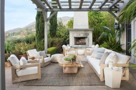 Color For Outdoor Space 19