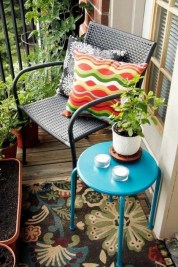 Creative Yet Simple Balcony Decor Ideas For Apartement10