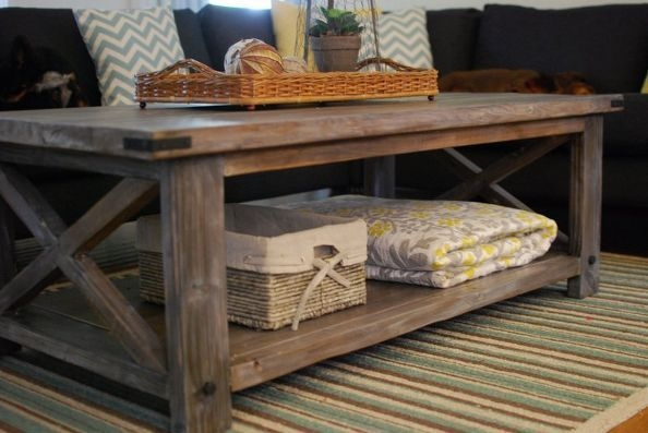 DIY Rustic Wood Furniture Ideas 01