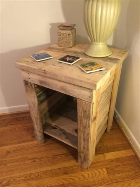 DIY Rustic Wood Furniture Ideas 05