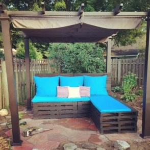 Easy DIY Ideas For Old Pallet Wood 38