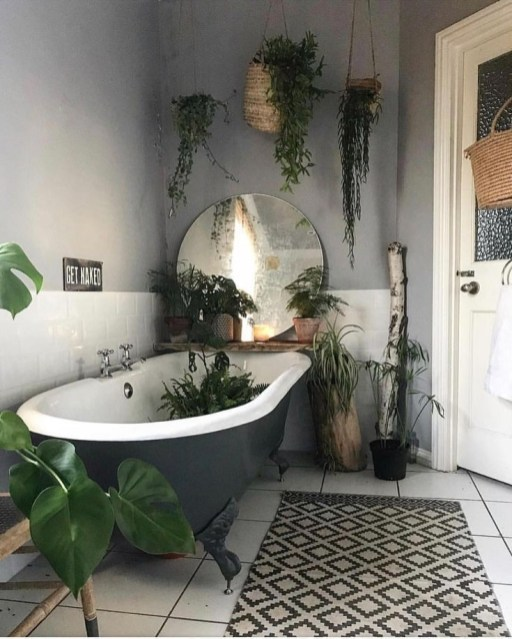 Lovely House Plants In The Bathroom10