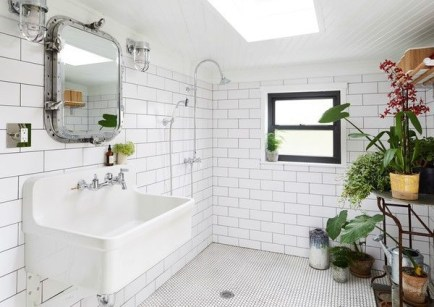 Lovely House Plants In The Bathroom32