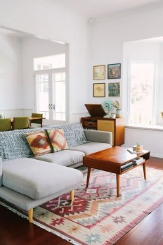 Neat And Cozy Living Room Ideas For Small Apartment 17