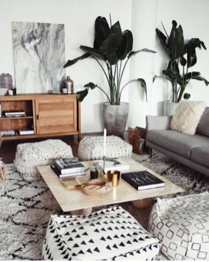 Neat And Cozy Living Room Ideas For Small Apartment 24