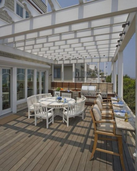 Pergola Ideas To Keep Cool This Summer 02
