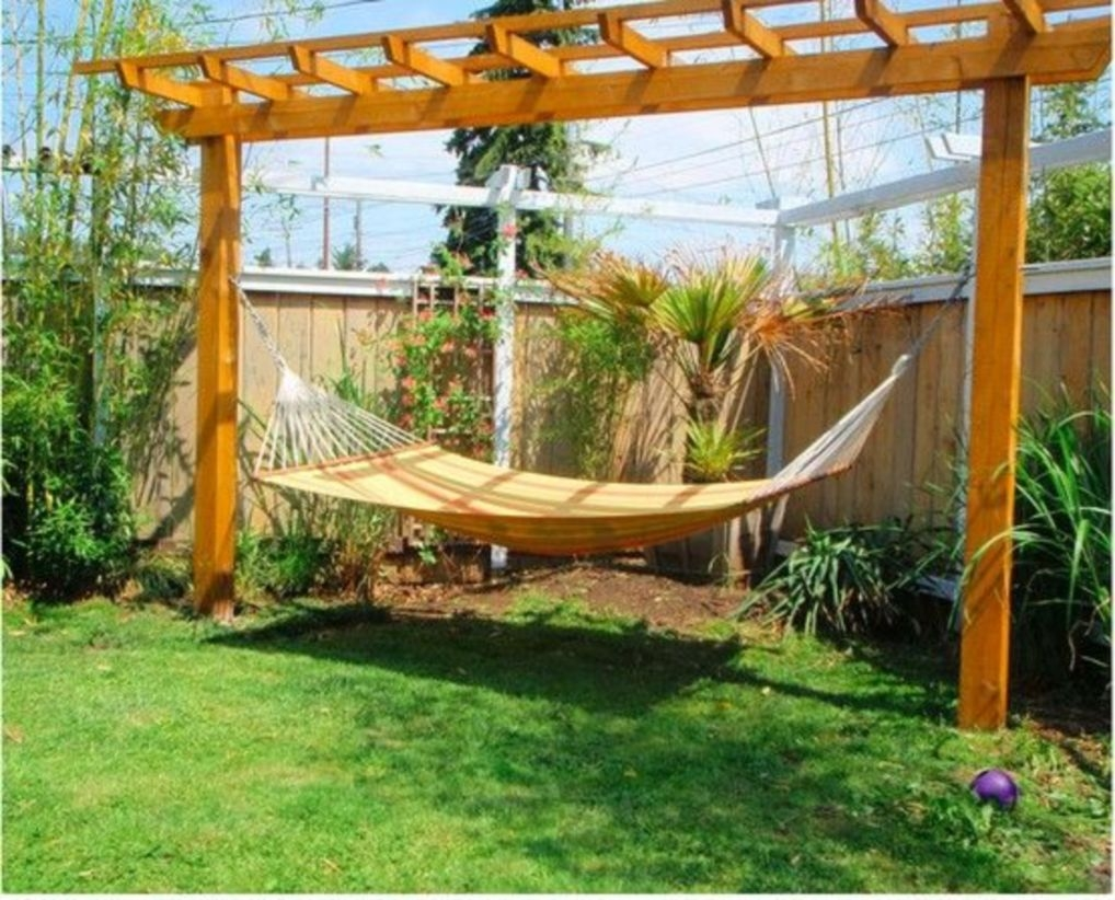 Pergola Ideas To Keep Cool This Summer 09