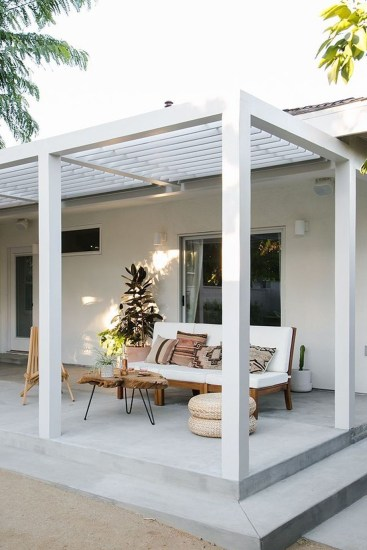 Pergola Ideas To Keep Cool This Summer 12