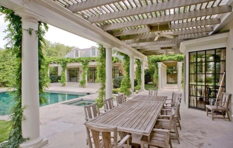 Pergola Ideas To Keep Cool This Summer 20