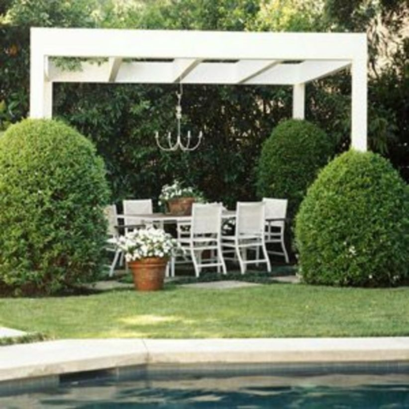 Pergola Ideas To Keep Cool This Summer 28