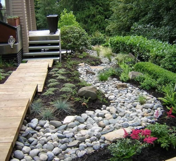 River Rock Landscape And Lavender Bush For Your Outdoor 03