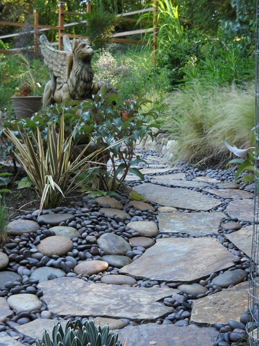River Rock Landscape And Lavender Bush For Your Outdoor 12
