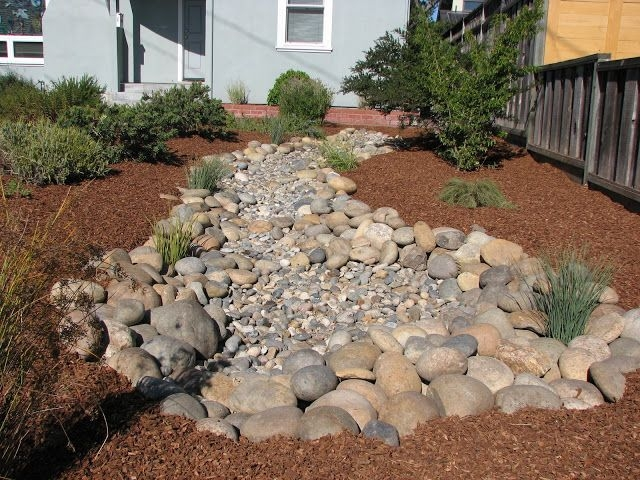 River Rock Landscape And Lavender Bush For Your Outdoor 31