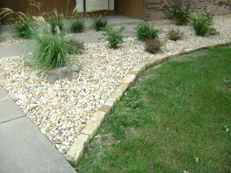 River Rock Landscape And Lavender Bush For Your Outdoor 34