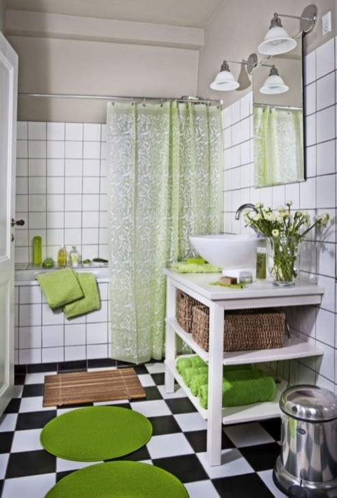 Small Bathroom Makeovers That Give Us Hope 03