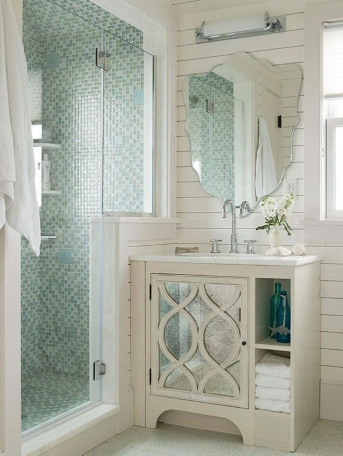 Small Bathroom Makeovers That Give Us Hope 33