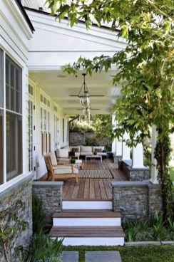 Ways To Create A Relaxing Porch For Big Family 01