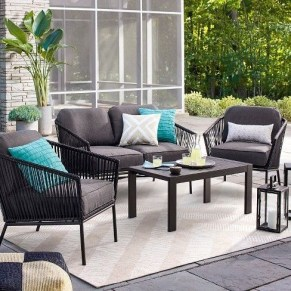 Ways To Create A Relaxing Porch For Big Family 29