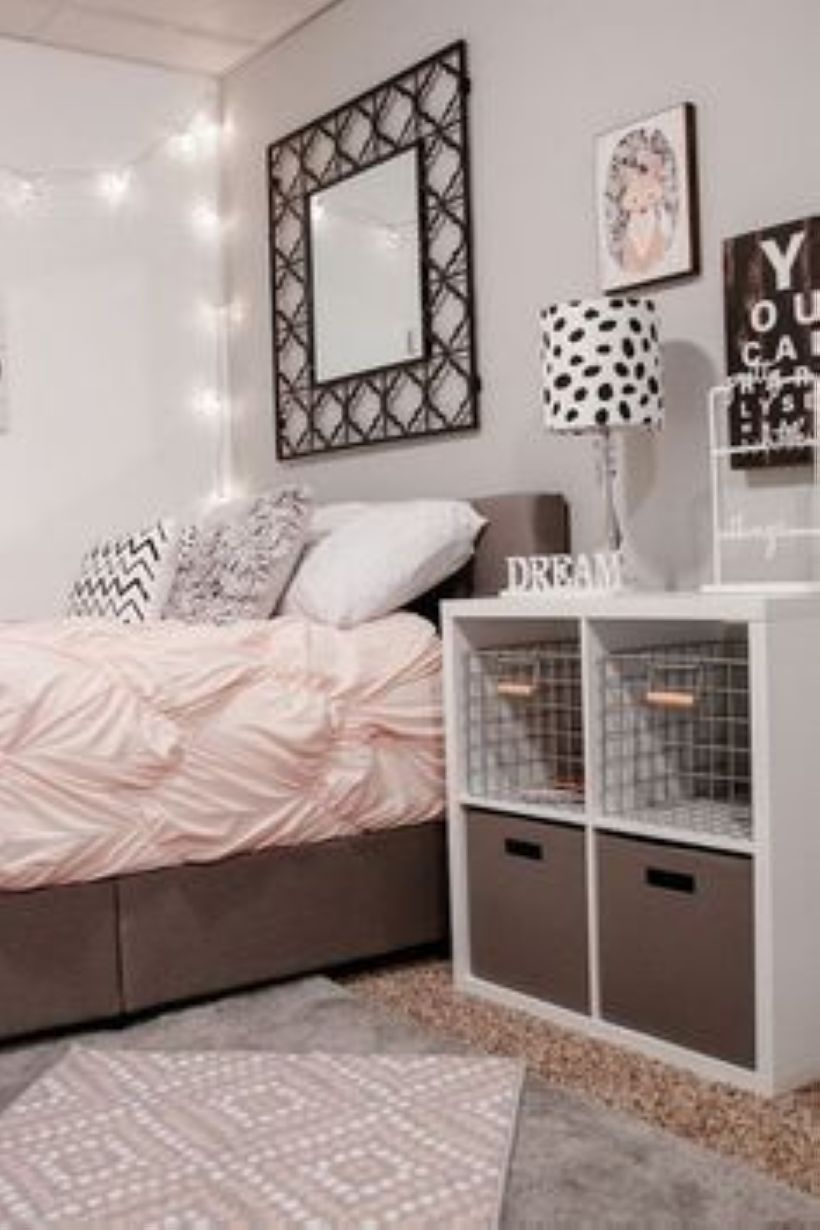 Cozy Teen Bedroom Decoration On Pink Style 25