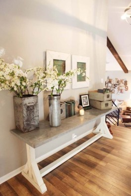 Beautiful Entry Table Decor Ideas To Updating Your House 18