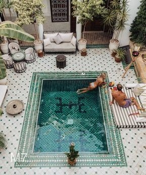 Best Outdoor Pool Design For Your Decoration 48