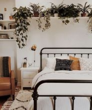 DIY Decorating Idea For First Apartment 16