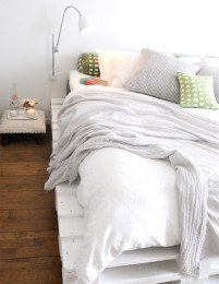 DIY Pallet For Bed Place For Your Idea 15