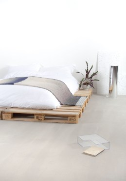 DIY Pallet For Bed Place For Your Idea 24