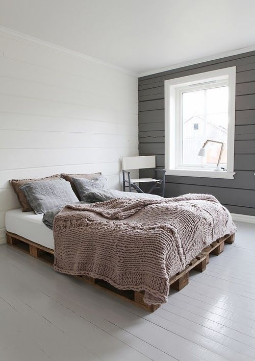 DIY Pallet For Bed Place For Your Idea 35