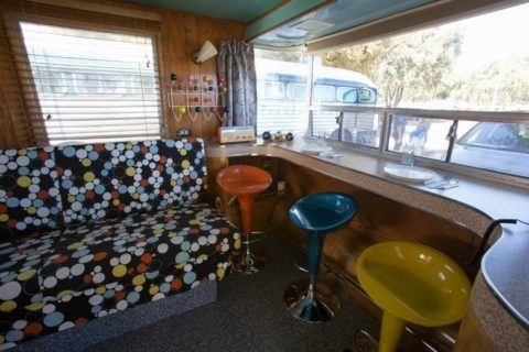 Easy Remodeling RV Decoration You Can Try 11