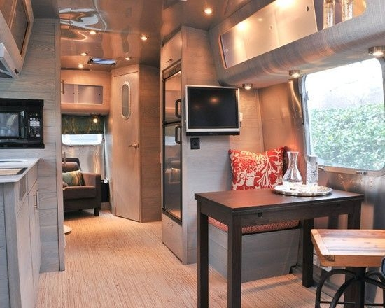 Easy Remodeling RV Decoration You Can Try 16