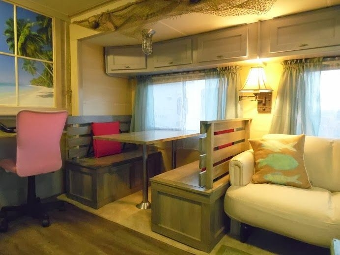 Easy Remodeling RV Decoration You Can Try 24