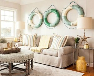 How To Create Wall Gallery In Above The Sofa 02