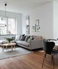 How To Create Wall Gallery In Above The Sofa 38